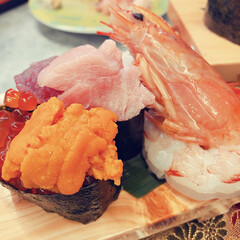 あけおめ/フォロー大歓迎/冬/おうち/おでかけ/旅行/... 美味しいお寿司を食べました❤️幸せになり…