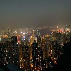 LIMIAおでかけ部/フォロー大歓迎/おでかけ/旅行/風景/グルメ/... 夜も綺麗ですね🌉 香港はあったかいので落…
