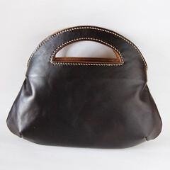 手縫い/トートバッグ/レザー/革/ハンドメイド コロコロトートバッグ 焦茶  丸いシルエ…