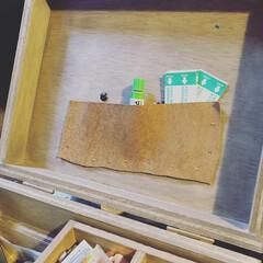 ワトコオイル ダークウォルナット W-13 200ml(ニス、ステイン)を使ったクチコミ「お薬箱つくりました!中の小さい箱はセリア…」(5枚目)