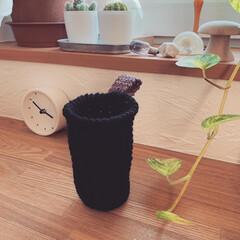 ペンスタンド/かぎ針編み小物/かぎ針/ハンドメイド 引き出しにIKEAのペンスタンドをたくさ…