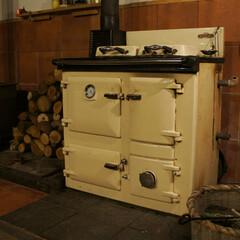 薪ストーブ/ペレットストーブ/カントリーキッチン イギリスで70年の歴史があるレイバーン社…