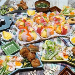 パーティー/夕飯/リース寿司/お寿司/誕生日/誕生日会/...  ᴳᴼᴼᴰ ᴱᵛᴱᴺᴵᴺᴳ.*·̩͙.。…(1枚目)