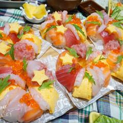パーティー/夕飯/リース寿司/お寿司/誕生日/誕生日会/...  ᴳᴼᴼᴰ ᴱᵛᴱᴺᴵᴺᴳ.*·̩͙.。…(2枚目)