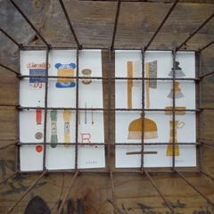 ポストカード/古いもの/錆びたもの/かご/ディスプレイ/LIMIAな暮らし/... 【ポストカードの飾り方】 古い木箱の上 …