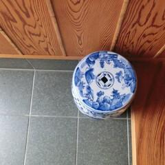 夏インテリア/藍色/陶磁器製/椅子 /玄関インテリア/和風玄関/... 夏の玄関インテリア♪  藍の色は涼夏を感…