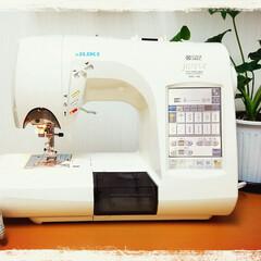 タイのぞうさん/雑貨作り/衣装作り/ミシン 私のお仕事道具です。 とてもよく働いてく…