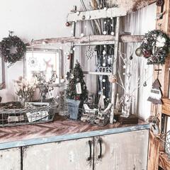 簡単リメイク/リメイク雑貨/クリスマスリース/クリスマス/ハンドメイド/雑貨/... 手作りリースに雪のお化粧をしてみました❄…