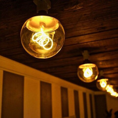 廊下/イケア/ライト/ストライプ/DIY/IKEA 2階の廊下のライトを変更! ついでにペイ…