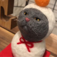 鏡餅/羊毛フェルト/雪だるま/お正月飾り/お正月/猫/... 羊毛フェルトの2wayの季節飾りです。 …(3枚目)