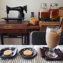うつわ/無印良品/宇田令奈/作家さんの器/アイスコーヒー/珈琲/... 先日のおやつ時間☕️ この前、神戸に行っ…