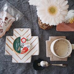 ミモザ/ガーベラ/お花のある暮らし/ソイラテ/おからクッキー/うつわ/... 先日のおやつ時間𖠚ᐝ 前に旦那さんが京都…