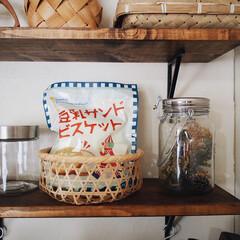 漆喰/飾り棚/スイーツ/豆乳サンドビスケット/お菓子/kaldi/... KALDIで豆乳サンドビスケット 買って…