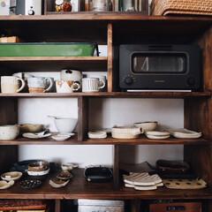 賃貸/レトロ/漆喰/うつわ/作家さんの器/食器棚/... こんばんは😁⚐ 今日のお昼はコストコで買…
