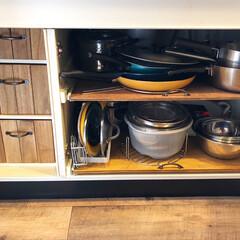 調理器具収納/端材消費/すのこ板/スライド棚/引き出し収納/シンク下収納/... キッチンのシンク下収納。  右側は、以前…
