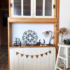 木製ガーランド/ディスプレイコーナー/古道具/雑貨/飾り棚/間仕切り/... リビングと和室の間仕切りとしてDIYした…