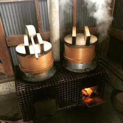 お正月準備/お餅/セイロ/土間/かまど/手作り苺大福/... お正月準備のお餅つき。 毎年恒例で、親戚…