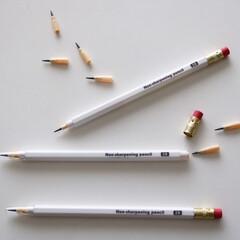 鉛筆/文房具/100均/ダイソー/雑貨 ロケット鉛筆。スタイリッシュが過ぎる…!…