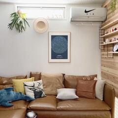 セルフリノベーション/DIY/板壁/カフェ風インテリア/北欧インテリア/暮らしを整える/... こんばんわ☆ 今日は雨が降ったり止んだり…