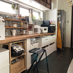 おうちじかん/日常/DIY/セルフリノベーション/台所収納/イケア/... おはようございます。 今朝も日差しが強く…(1枚目)