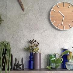すっきり暮らしたい/暮らしを楽しむ/流木インテリア/ディスプレイ/飾り棚/フェイクグリーン/... こんにちは☺︎ リビングの掛時計を新しく…(2枚目)