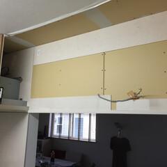 吊り戸棚/DIY/リフォーム/キッチン 吊り戸棚を外したところ http://a…