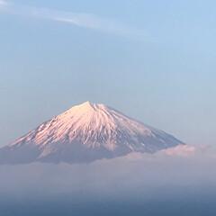 癒し/夕暮れ/富士山/おでかけ 富士宮市からの富士山🗻 夕暮れ時、やや赤…