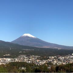 富士山🗻/風景 今朝は雲ひとつない青空 空気が清々しい朝…(2枚目)