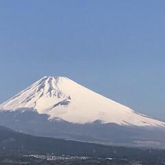富士山🗻/春/風景/春の一枚 今朝の富士山🗻 晴れて気持ちのいい朝です…