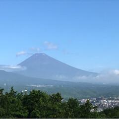 富士山 お天気でも雲に隠れてることが多い近頃の富…