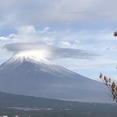 富士山 今朝の富士山は笠雲がかかっています