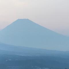 富士山/北の空/夕暮れ時 夕暮れ時の富士山🗻 昼間は雲に隠れてました
