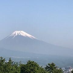 富士山🗻/晴天 今朝の富士山🗻 雲ひとつない青空☀️ ゴ…