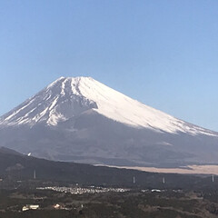 富士山🗻/冬の嵐/風景 今朝の富士山🗻 今朝はすごーく寒いです …(1枚目)