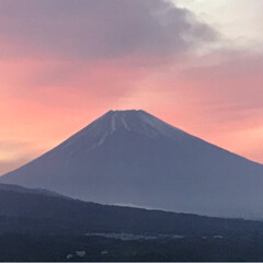 令和元年フォト投稿キャンペーン/令和の一枚/至福のひととき/風景/暮らし 今日の富士山🗻 1枚目は18時頃 2枚目…(2枚目)