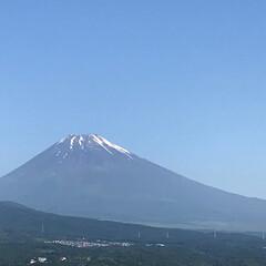 富士山/青空/頑張らない/頑張る おはようございます😊 今朝の富士山🗻 雲…