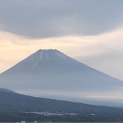 令和元年フォト投稿キャンペーン/令和の一枚/至福のひととき/風景/暮らし 今日の富士山🗻 1枚目は18時頃 2枚目…(1枚目)