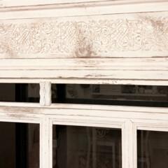 モールディング装飾/シャビーシックインテリア/シャビーシック/フレンチカントリー/フレンチシック/フレンチ/... シャビーシックな窓枠、大型サイズ作りまし…(2枚目)