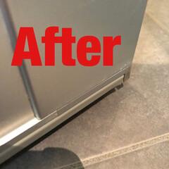 お掃除/お家をみがこう/キッチン/洗面所/トイレ/お風呂場/... 汚れた部分をまずは、水で濡らす。 ピカッ…