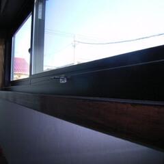 窓/引き違い/換気 高所 引き違い。ワイヤー駆動 2F。