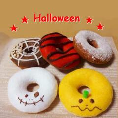 ハロウィン/ドーナツ/ハンドメイド/フェルト/お菓子/ケーキ フェルトで作ったハロウィンドーナツです!