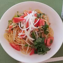 体に優しいご飯/野菜/冷製パスタ/ランチ/お昼ごはん/LIMIAごはんクラブ/... 温かいお昼だったので、 冷製パスタを作り…