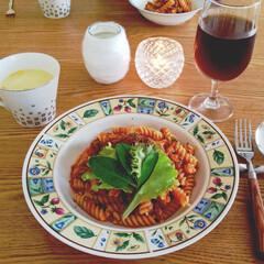 毎日のごはん/料理/ご飯/ショートパスタ/ランチ/おうちごはん/... しばらくぶりの投稿です。 食器を真っ白に…