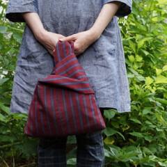 ハンドメイドバッグ/着物リメイク/手作りバッグ/創作バッグ/霧夢桜/キモノ着るなら/... 【霧夢桜】紬地を使ったリバーシブルのきも…