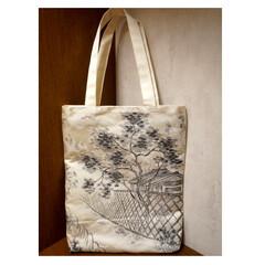 ハンドメイドバッグ/着物リメイク/手作りバッグ/創作バッグ/霧夢桜/キモノ着るなら/... 【霧夢桜】袋帯で作ったトートバッグ
