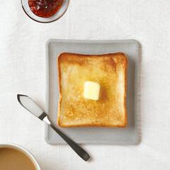 MARNA/マーナ/エコカラット/トースト皿/トースト/朝食/... 焼きたてのトーストの蒸気を吸って、パリッ…