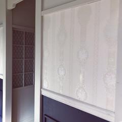 DIY/DIYクリエイター/シャビーシック/ジャビーシックインテリア/生のり付き壁紙/ルノン/... 🎀 ・ 襖リメイクの際 壁紙が余ったので…