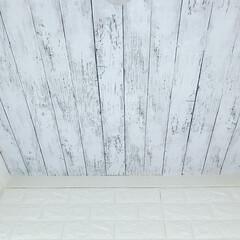 セルフリノベーション/フレンチシャビー/ジャビーシックインテリア/シャビーシック/DIYクリエイター/DIY/... ♡ ・ これ、床ではなく天井です❣️ ・…