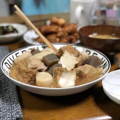 フォロー大歓迎/料理/おうち時間/おうちごはん/新生活/ダイソー/... 里芋・厚揚げ・こんにゃく・鶏モモ肉で作る…