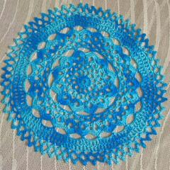 ハンドメイド/レース編み/インテリア 母の新作🎵色合いが素敵✨なレースがしあが…